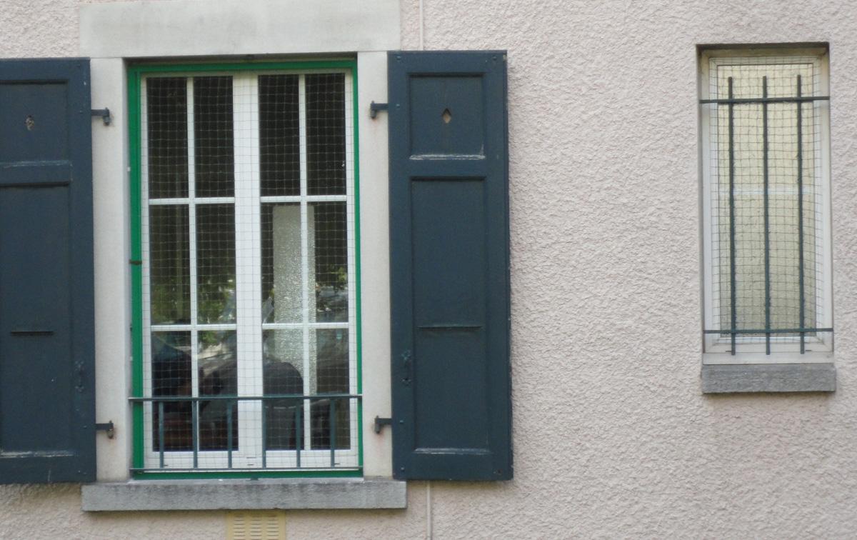 Cadre filet coulissant pour fen tre et porte fen tre for Securiser une porte fenetre